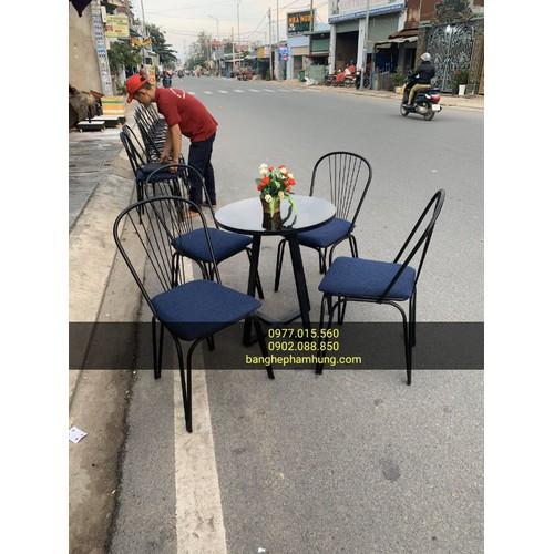 Thanh lý bộ bàn ghế cafe giá rẻ