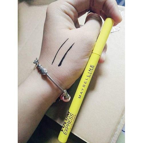 Bút lông kẻ mắt nước may be line