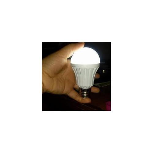 Bóng đèn cảm ứng cầm tay tích điện 15w trắng mã sp nj3382 - 20275475 , 22931509 , 15_22931509 , 62000 , Bong-den-cam-ung-cam-tay-tich-dien-15w-trang-ma-sp-nj3382-15_22931509 , sendo.vn , Bóng đèn cảm ứng cầm tay tích điện 15w trắng mã sp nj3382