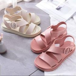 Giày sandal nữ đế bệt siêu êm khóa gài chắc chắn bao đi nước SDV567777