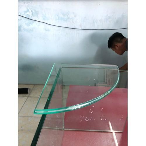 Kệ kính nhà tắm hình cánh quạt nhà tắm vạn thành phát