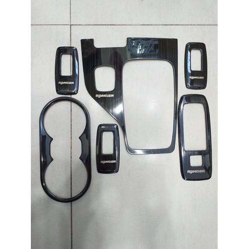 Ốp nội thất mẫu titan ford ranger 6 chi tiết