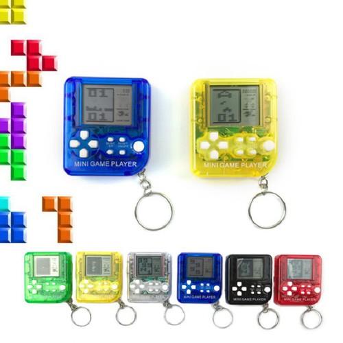 Máy chơi game mini cầm tay cổ điển kiêm móc treo chìa khóa màu ngẫu nhiên
