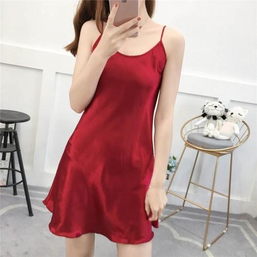[Siêu mát] đầm,váy ngủ thiết kế với chất phi bóng,gợi cảm ,sang chảnh,sẽ giúp bạn thu hút mọi chú ý từ chàng