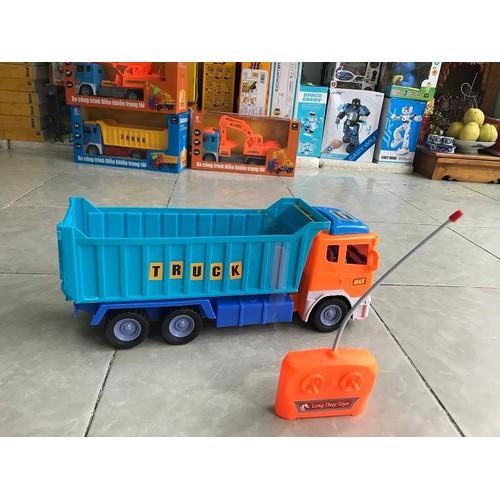Mẫu xe tải ben điều khiển từ xa cỡ lớn