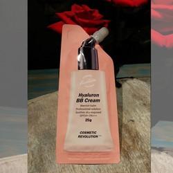 Kem trang điểm BB che khuyết điểm chống nắng SPF50+ PA+++ Cosmetic Revolution Hyaluron BB Cream 25g xuất xứ Hàn Quốc