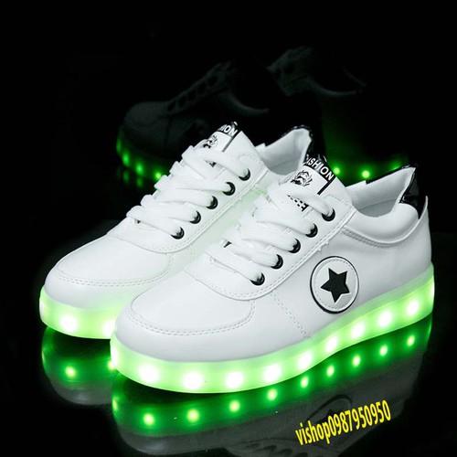 Gps giày phát sáng ngôi sao chế độ sáng 7 màu