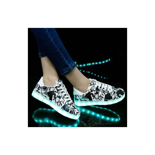 Giày phát sáng họa tiết đen nhạt nam nữ