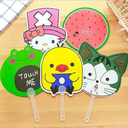 Quạt nhựa cầm tay dễ thương cute nhiều hình