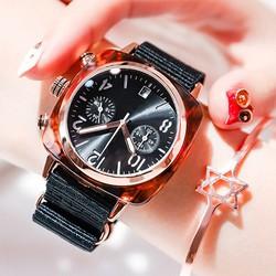 Đồng hồ nữ đeo tay dạng lắc tay Siêu HOT