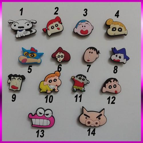 Sticker gắn dép cros hình gia đình shin cậu bé bút chì - 20351035 , 23075690 , 15_23075690 , 29000 , Sticker-gan-dep-cros-hinh-gia-dinh-shin-cau-be-but-chi-15_23075690 , sendo.vn , Sticker gắn dép cros hình gia đình shin cậu bé bút chì