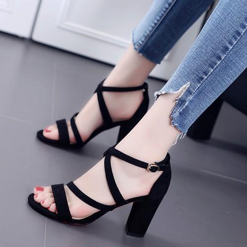 Giày cao gót mẫu mới đan chéo cao cấp a4x - 20351763 , 23077101 , 15_23077101 , 195000 , Giay-cao-got-mau-moi-dan-cheo-cao-cap-a4x-15_23077101 , sendo.vn , Giày cao gót mẫu mới đan chéo cao cấp a4x