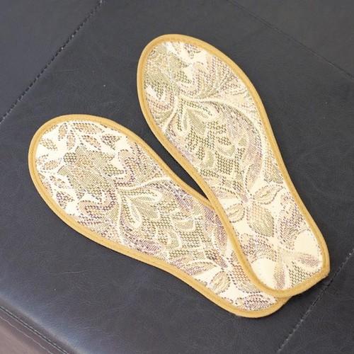 Combo 3 lót giày quế  khử mùi thông thoáng miếng lót quế là tấm lót dưới chân được tạo ra từ nguyên liệu chính là bột quế tự nhiên - 20392567 , 23155334 , 15_23155334 , 13000 , Combo-3-lot-giay-que-khu-mui-thong-thoang-mieng-lot-que-la-tam-lot-duoi-chan-duoc-tao-ra-tu-nguyen-lieu-chinh-la-bot-que-tu-nhien-15_23155334 , sendo.vn , Combo 3 lót giày quế  khử mùi thông thoáng miếng ló