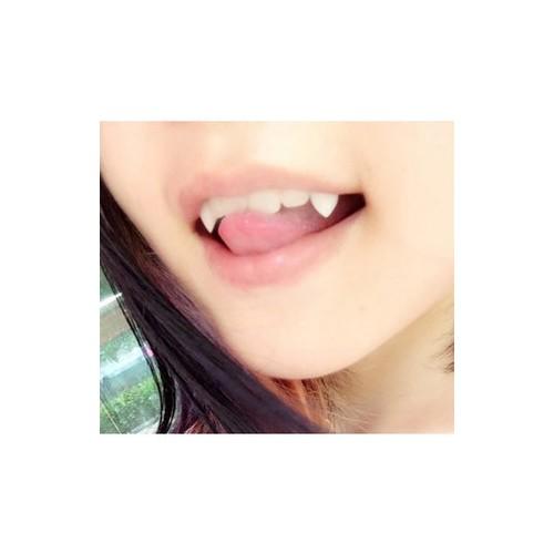 Có sẵn răng nanh cao cấp 13mm keo dán răng nanh răng khểnh giảb