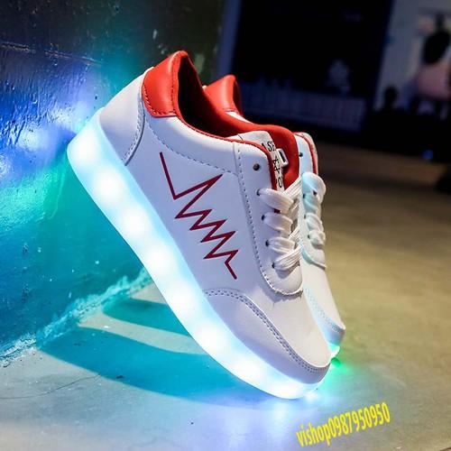 Giày phát sáng màu trắng nhịp tim màu đỏ phát sáng 7 màu 11 chế độ đèn led cực đẹp video thật - 20601551 , 23515777 , 15_23515777 , 259000 , Giay-phat-sang-mau-trang-nhip-tim-mau-do-phat-sang-7-mau-11-che-do-den-led-cuc-dep-video-that-15_23515777 , sendo.vn , Giày phát sáng màu trắng nhịp tim màu đỏ phát sáng 7 màu 11 chế độ đèn led cực đẹp vid
