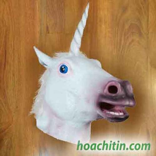 Mặt nạ da ngựa trắng sừng kỳ lân o22