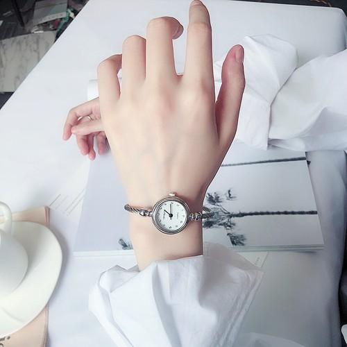 Tặng hộp + pin đồng hồ - đồng hồ thời trang nữ candycat mặt cườm lb266