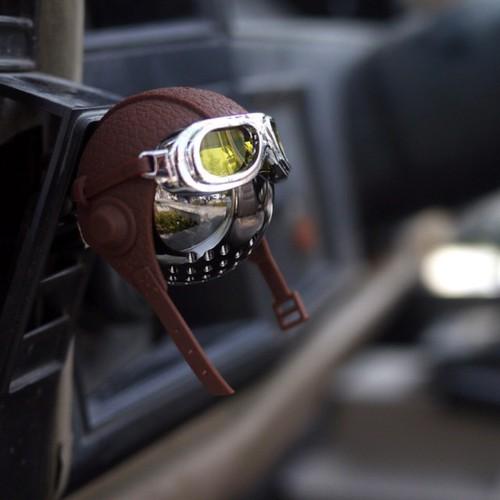 Nước hoa gài cửa gió khử mùi xe hơi cao cấp hình mũ phi công hàng loại cao cấp