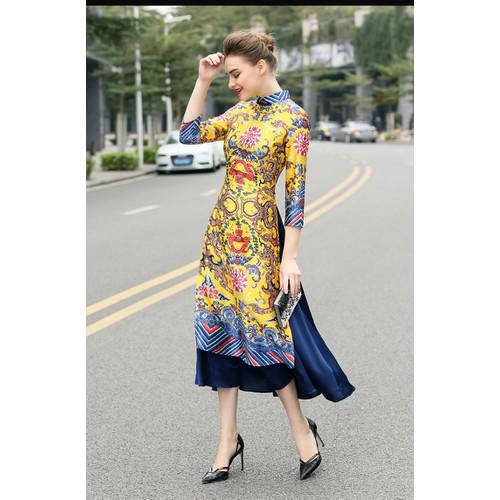 Set áo dài cách tân kèm váy họa tiết thổ cẩm