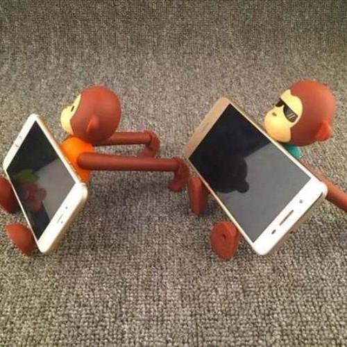 Giá đỡ điện thoại hình con khỉ đáng yêu