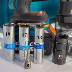 Siết bulong HTC 88vf tặng 4 đầu khẩu đi kèm và nhiều phụ kiện khác