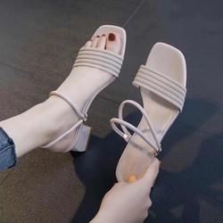 Sandal gót vuông nữ quai cách điệu mang 2 kiểu – Giày cao gót 5 phân – 3 màu vàng – kem – đen – Đủ size 35-39 – Bảo hành trong 12 tháng – Linus LN1812