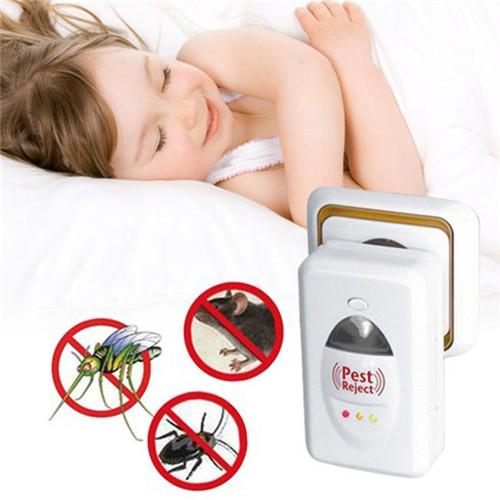 Thiết bị đuổi côn trùng bằng sóng điện, giúp bé ngủ ngon