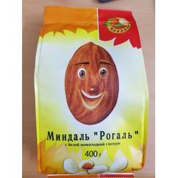 Kẹo chocolate bọc hạnh nhân Nga