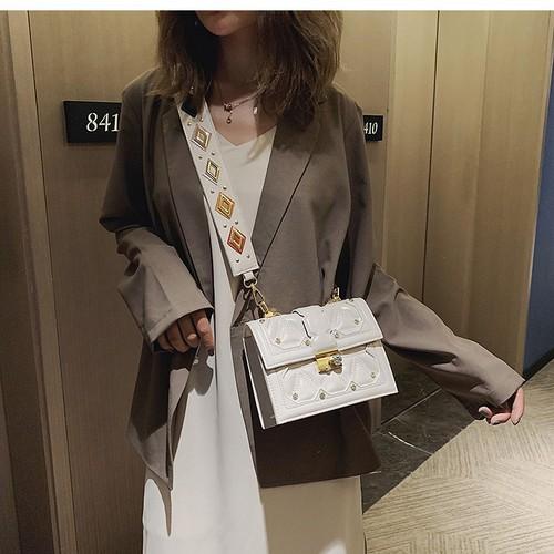 Túi đeo chéo nữ thời trang phong cách trẻ