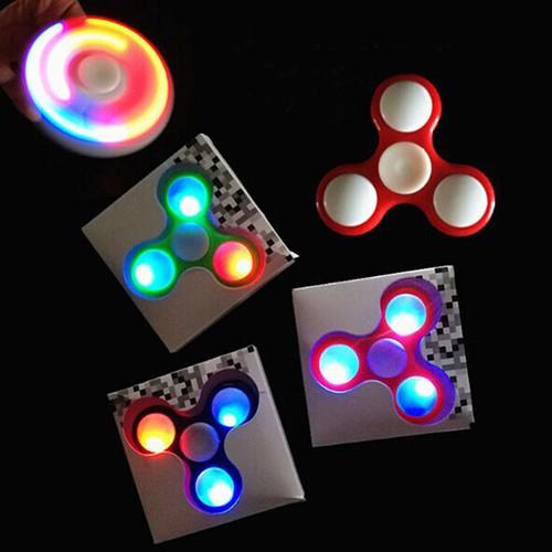 Giá hủy diệt con quay fidget spinner nhiều màu mã sản phẩm ef295 - 19176501 , 22455077 , 15_22455077 , 50000 , Gia-huy-diet-con-quay-fidget-spinner-nhieu-mau-ma-san-pham-ef295-15_22455077 , sendo.vn , Giá hủy diệt con quay fidget spinner nhiều màu mã sản phẩm ef295