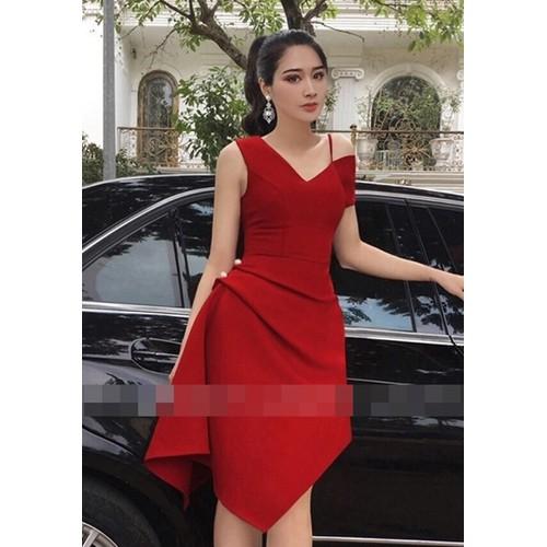 Đầm xòe lệc vai màu đỏ sang chảnh