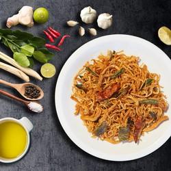 Khô gà cay lá chanh mềm dai đậm đà HeoMi Food gói 250gr