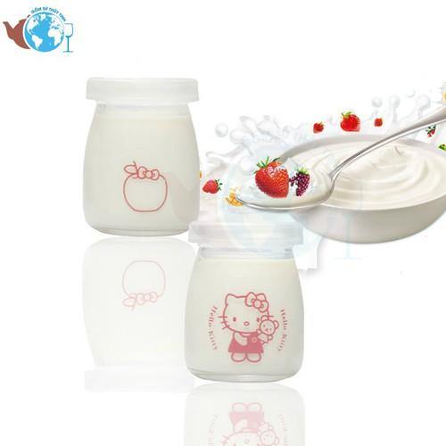 Hộp 12 hũ sữa chua thuỷ tinh 100ml in hình ngộ nghĩnh ngẫu nhiên