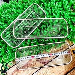RỔ INOX Hình Chữ Nhật - Khôg rỉ sét 13x 30cm. Dụng cụ nhà bếp RỔ INOX ĐA DỤNG đựng rau củ quả, đồ gia dụng, bánh, thìa muỗng đũa. Phù hợp GIA ĐÌNH NHÀ HÀNG