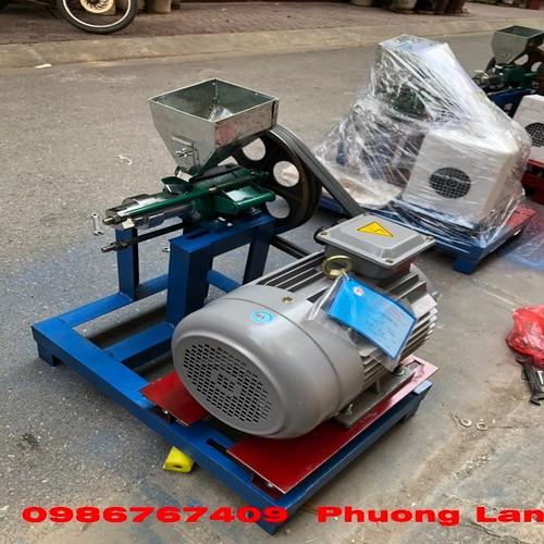 Máy nổ bỏng gạo, ngô 7 péc chạy điện 3 pha siêu khỏe motor 5,5kw - 20700904 , 23673826 , 15_23673826 , 8900000 , May-no-bong-gao-ngo-7-pec-chay-dien-3-pha-sieu-khoe-motor-55kw-15_23673826 , sendo.vn , Máy nổ bỏng gạo, ngô 7 péc chạy điện 3 pha siêu khỏe motor 5,5kw