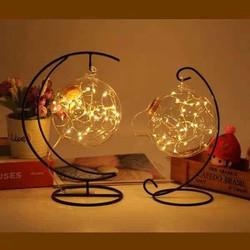 Dây đèn led trang trí trong quả cầu kèm khung treo