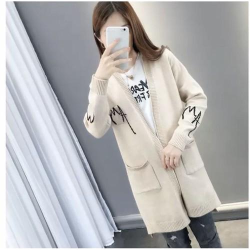Áo khoác len chữ đen