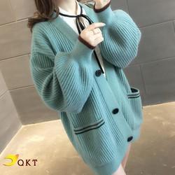 Áo khoác len nữ QKT dáng dài phối cúc có 2 túi ak04