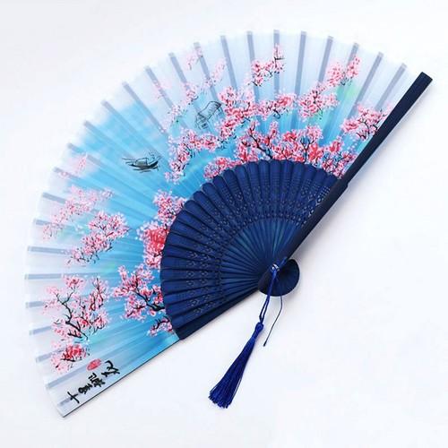 Quạt cổ trang dây tuyến hoa đào chiết nhan loại 2 màu xanh quạt xếp cầm tay in hình họa tiết đẹp