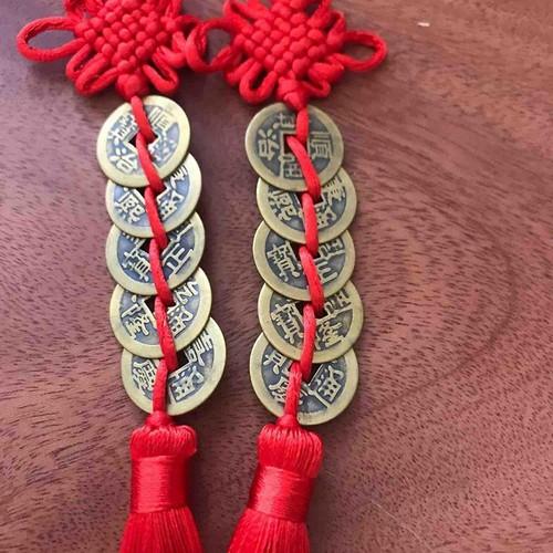 Đồng tiền ngũ phúc may mắn gồm 5 đồng xu dây đỏ rất xinh - 20762859 , 23768991 , 15_23768991 , 100000 , Dong-tien-ngu-phuc-may-man-gom-5-dong-xu-day-do-rat-xinh-15_23768991 , sendo.vn , Đồng tiền ngũ phúc may mắn gồm 5 đồng xu dây đỏ rất xinh