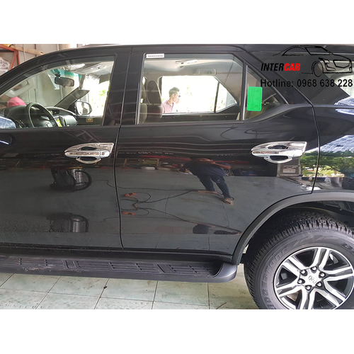 Ốp tay nắm cửa toyota fortuner 2017 – 2019