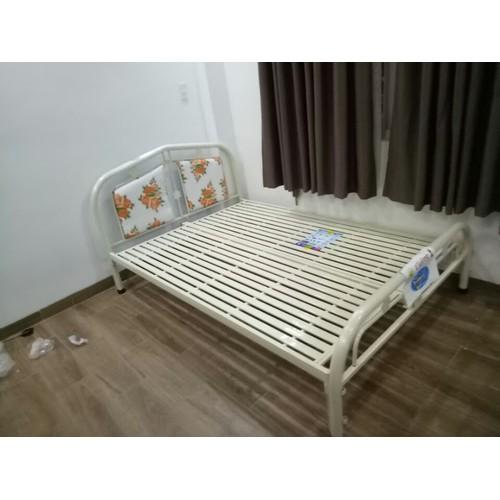 Giường sắt đơn