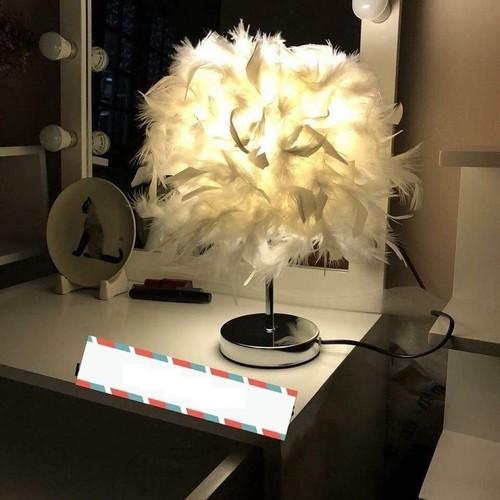 Đèn ngủ lông vũ - đèn ngủ trang trí sang trọng