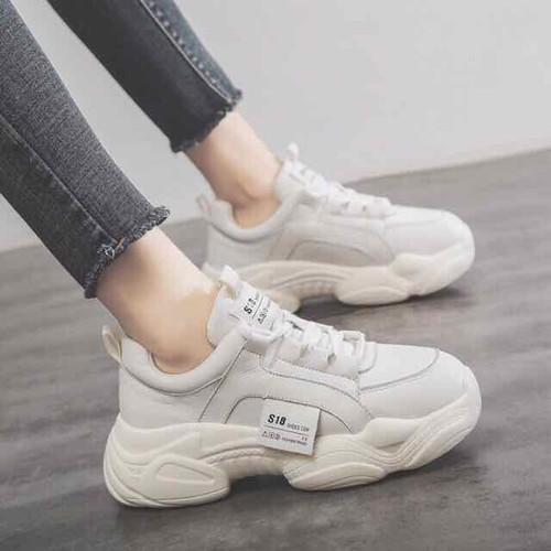 Giày s18 chất đẹp