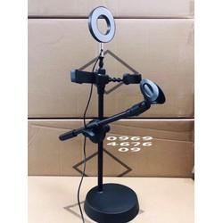 chân 5 trong 1 gồm có chân đế 2 kẹp điện thoại 1 đèn led 1 kẹp mic dùng hát livestream
