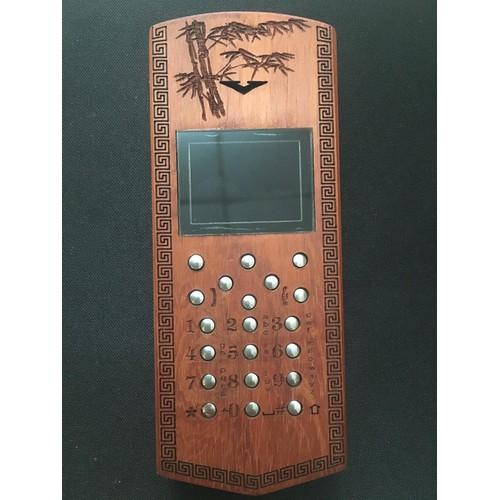 Vỏ gỗ cho điện thoại nokia 110i mẫu chữ tâm