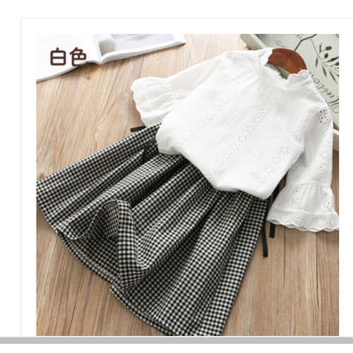 Sét áo + chân váy sọc caro xòe thời trang xinh xắn cho bé gái - 20827423 , 23867774 , 15_23867774 , 380000 , Set-ao-chan-vay-soc-caro-xoe-thoi-trang-xinh-xan-cho-be-gai-15_23867774 , sendo.vn , Sét áo + chân váy sọc caro xòe thời trang xinh xắn cho bé gái