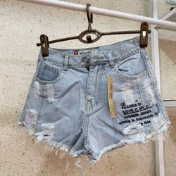 Quần short jeans nữ in chữ thời trang