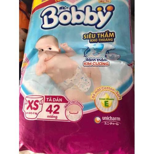 100 bỉm dán bobby sơ sinh cho bé 3 đến 5kg.