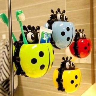 Combo 2 bọ cắm bàn chải dán tường siêu chất - 2 bọ cắm bàn chải dán tường thumbnail
